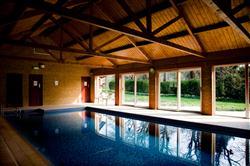 Grove Swimming Pool.