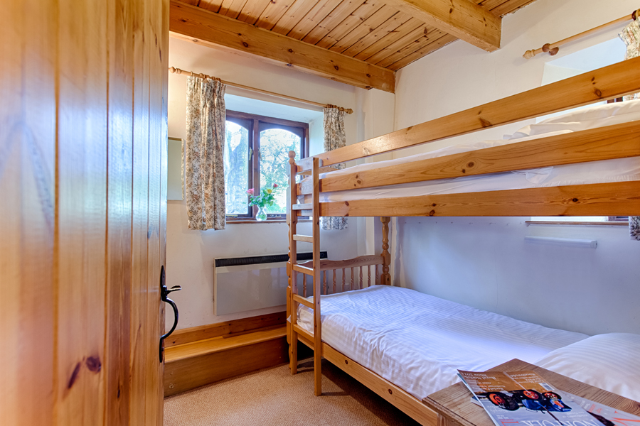 Bunk beds in The Barn holiday cottage.